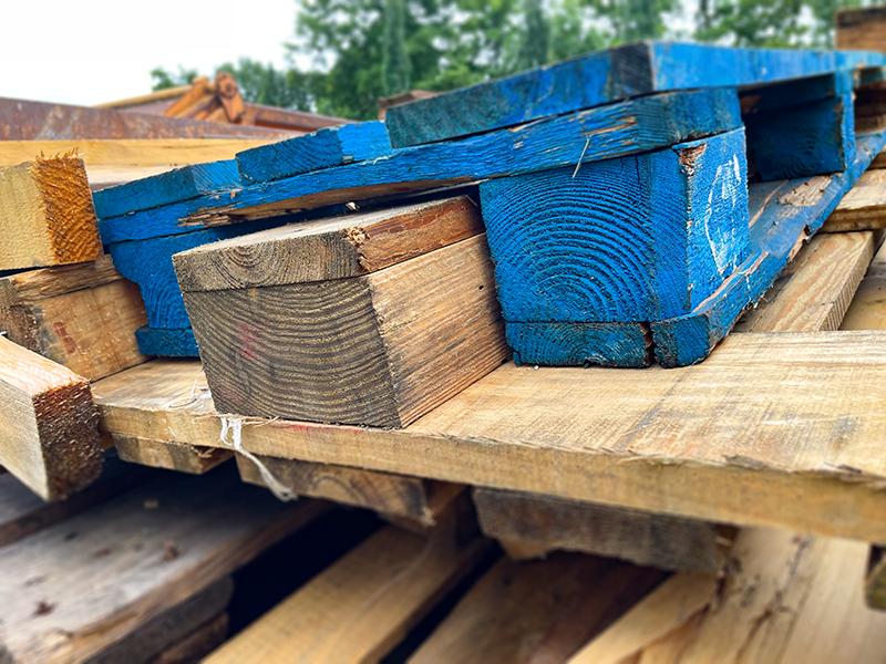 Altholz Container bestellen
